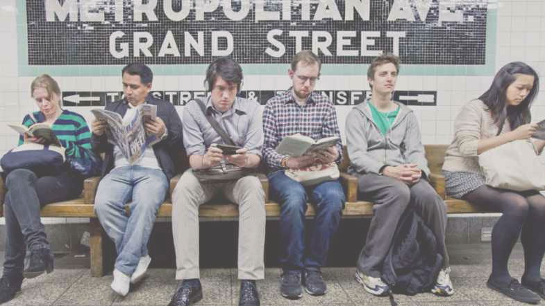 subway-reading-4